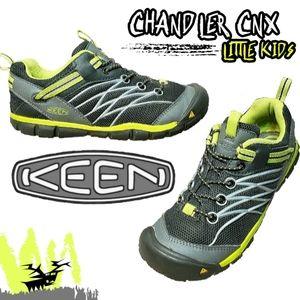 KEEN Chandler CNX Shoes